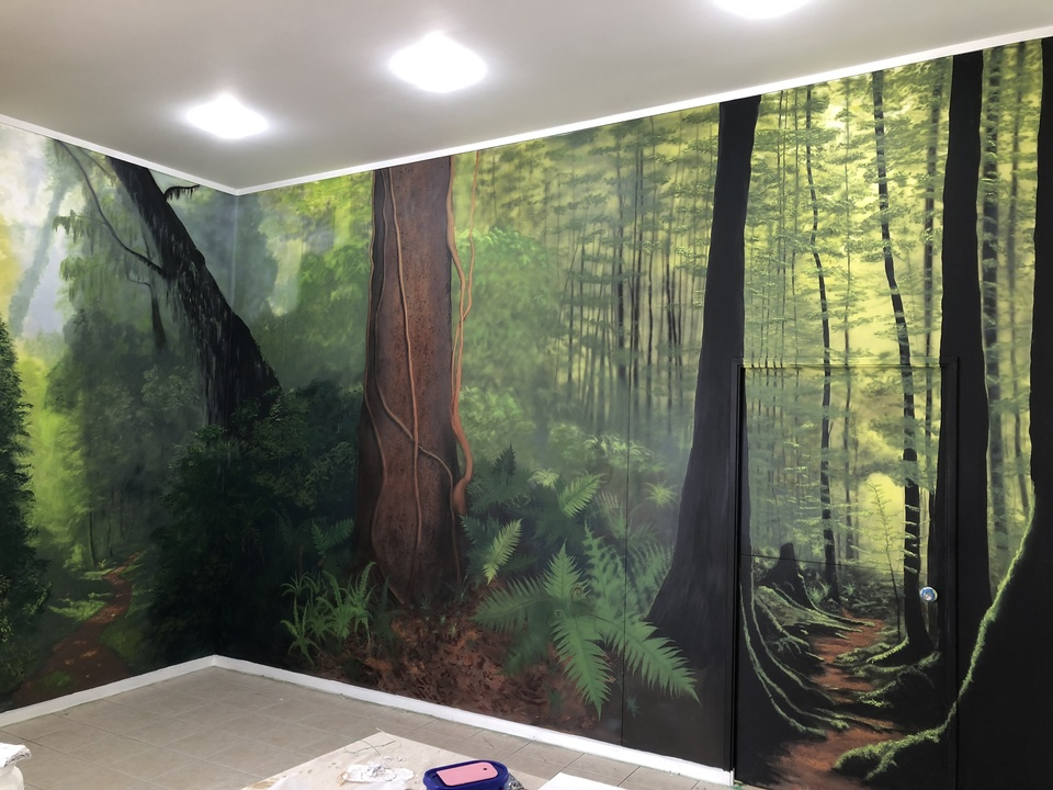 NZ bush mural in Rotorua business foyer